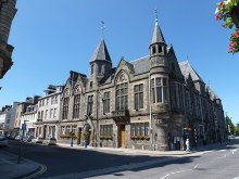 Perth, court building on the High Street, Perth and Kinross © Chris Downer